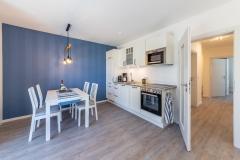 Küche und Essbereich Sanddorn und Bernstein
